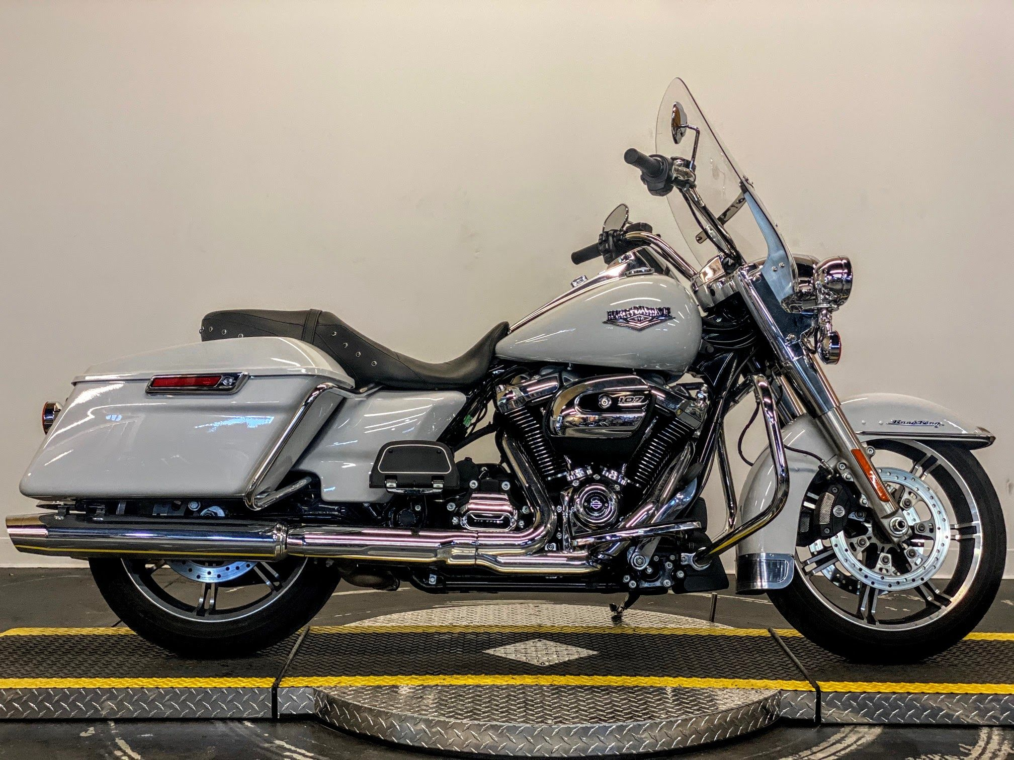 Pre-Owned 2020 Harley-Davidson Road King FLHR